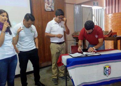 Firma convenio Itaka MX